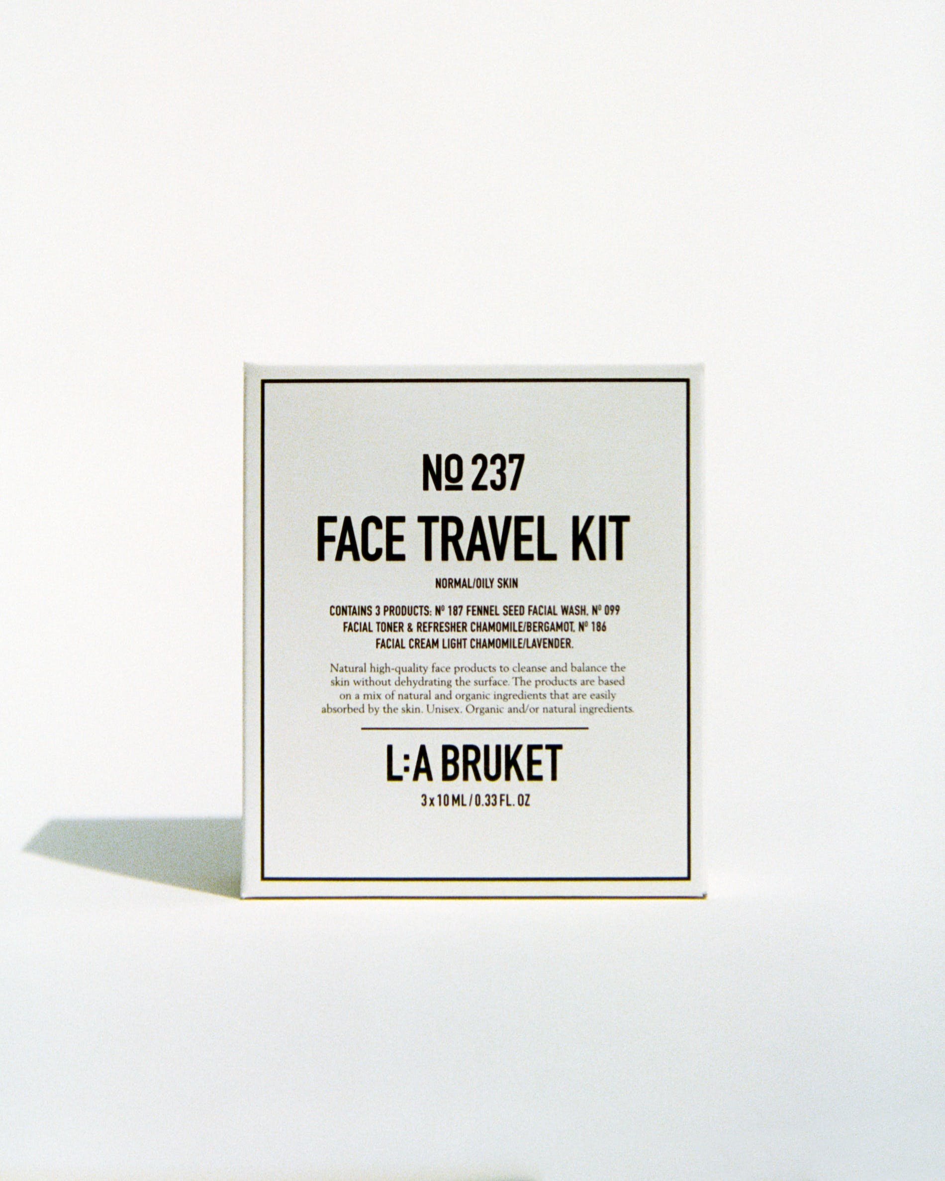Face travel kit